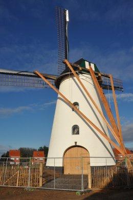 Foto van In Stormen Sterk, Gierle (Lille), Foto: Donald Vandenbulcke, Staden, 24.11.2013 | Database Belgische molens