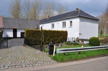 Foto van Bombroekmolen, Kortessem, Foto: Donald Vandenbulcke, Staden, 11.04.2010 | Database Belgische molens