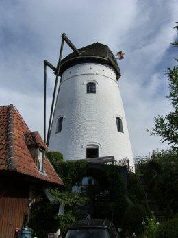 Foto van Prinsenmolen, Baaigem (Gavere), Foto: Philippe De Zitter, 10.08.2008  | Database Belgische molens