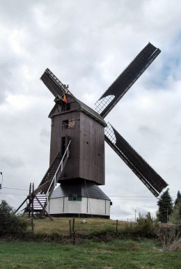 Foto van Pietendriesmolen<br />Molen Taets, Knesselare (Aalter), Foto: Mike Ekelschot, Gent, 13.09.2009 | Database Belgische molens