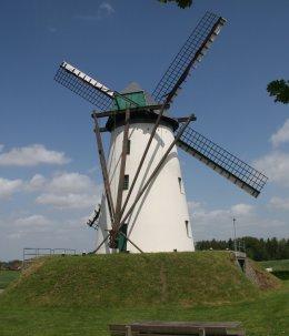 Foto van Schelderomolen<br />Schelderodemolen, Schelderode (Merelbeke), Foto: Gino Plaetsier | Database Belgische molens