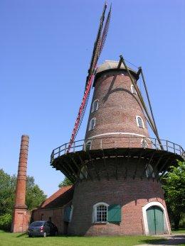 Foto van Roomanmolen, Sint-Pauwels (Sint-Gillis-Waas), Foto: Donald Vandenbulcke, Staden | Database Belgische molens