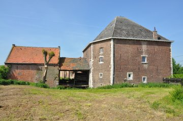 Foto van <p>Molen Geens<br />Geensmolen</p>, Drieslinter (Linter), Foto: Donald Vandenbulcke, Staden, 22.05.2010   Database Belgische molens