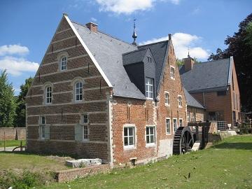 Foto van <p>Abdijmolen<br />Molen van Abdij van Park</p>, Heverlee (Leuven), Foto: Frans Van Bruaene, Laakdal, 02.07.2014   Database Belgische molens