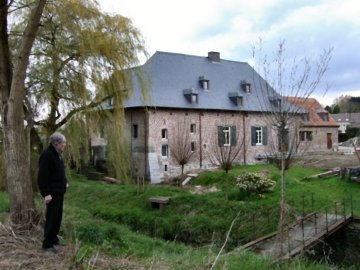 Foto van <p>Watermolen van Volsem<br />De Watermolen</p>, Sint-Pieters-Leeuw, Foto: Kurt Calis   Database Belgische molens