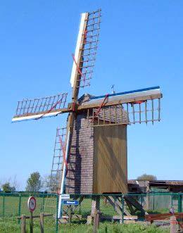 Foto van Molentje Decroos, Eggewaartskapelle (Veurne), Foto: Donald Vandenbulcke, Staden | Database Belgische molens