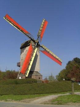 Foto van Grijspeerdmolen (II), Gits (Hooglede), Foto: Lieven Denewet, 15.08.2017 | Database Belgische molens