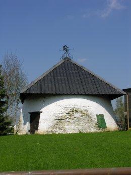 Foto van Stampkotmolen, Kaster (Anzegem), Foto: Donald Vandenbulcke, Staden | Database Belgische molens