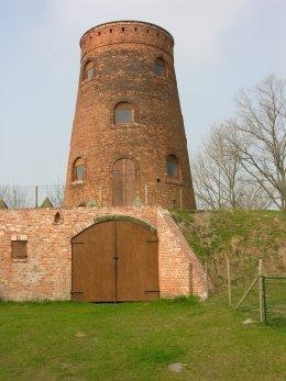Foto van Ter Pannemolen<br />Pannemolen<br />Gailliaertmolen, Koolkerke (Brugge), Foto: Donald Vandenbulcke, Staden   Database Belgische molens
