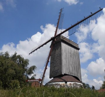 Foto van Koutermolen, Kortemark, Foto: Eric Plovyt, Ursel, 14.05.2014   Database Belgische molens