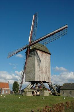 Foto van Stalijzermolen, Leisele (Alveringem), Foto: Donald Vandenbulcke, Staden   Database Belgische molens