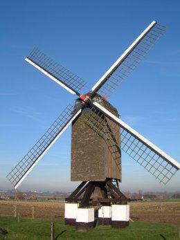 Foto van Kleine Herentmolen, Meulebeke, Foto: Donald Vandenbulcke, Staden | Database Belgische molens