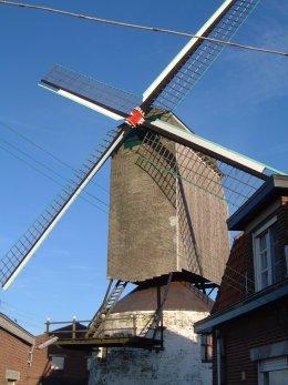 Foto van Herentmolen<br />Aardemolen, Meulebeke, Foto: Donald Vandenbulcke, Staden | Database Belgische molens